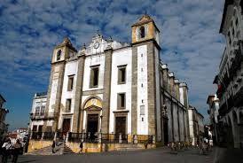 Resultado de imagem para Imagens da cidade de Évora