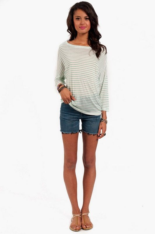 Cute casual summer outfit for walking around in. Comfortable! #SproutWatchesEcoTrip
