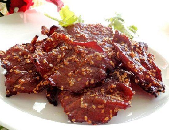 Cách làm thịt bò khô không cần lò nướng - http://congthucmonngon.com/199618/cach-lam-thit-bo-kho-khong-can-lo-nuong.html