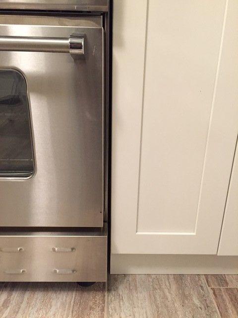 Kitchen Cabinet Heat Shield Design Ideas