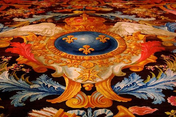 Petits Appartements de Versailles  détail du médaillon central du tapis de la Savonnerie dans la Chambre de Louis XV