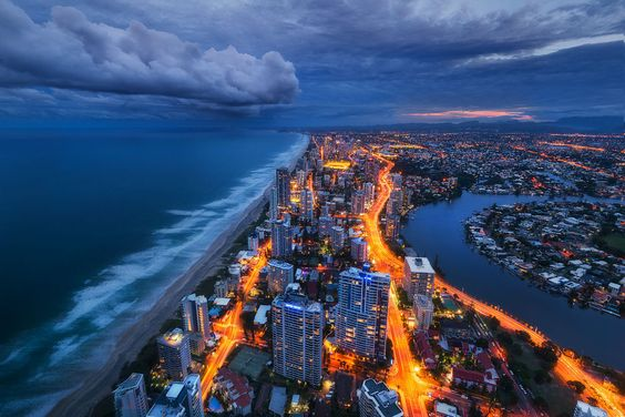 Stormward City by Dylan Toh  & Marianne Lim on 500px