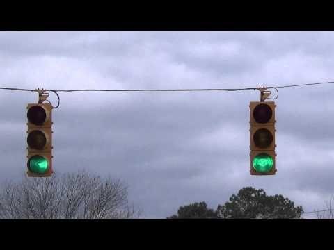 Incandescent Winkomatic Traffic Lights Youtube Traffic Light Lights Traffic Signal