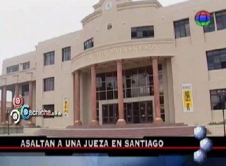 Asaltan A Una Jueza En Santiago #Video