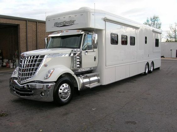 2010 showhauler lonestar for sale design fly rides for Rv with car garage for sale