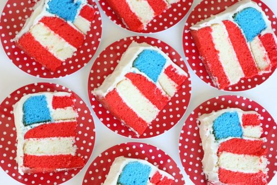 flag cake slices: July Cake, July Flag, American Flag Cake, 4Th Of July, July 4Th, Red White, Birthday Cake, Fun Cake
