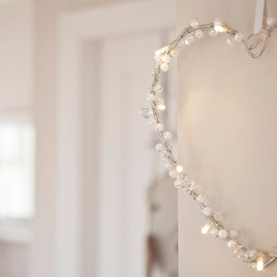 Battery Heart Fairy Light Wreath With 10 Warm White LEDs