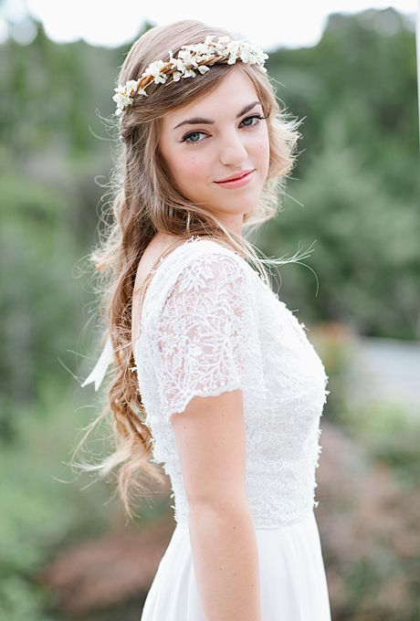 Brides: The Prettiest Wedding Hairstyles with Flower Crowns| A Rustic Floral Headpiece with Dainty White Flowers | Photo by Jill Andrews