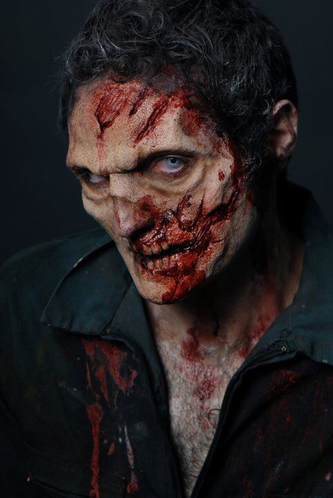 Pin by Kathryn Jorgenson on Zombies Pinterest Makeup, Fx makeup - maquillaje de vampiro hombre