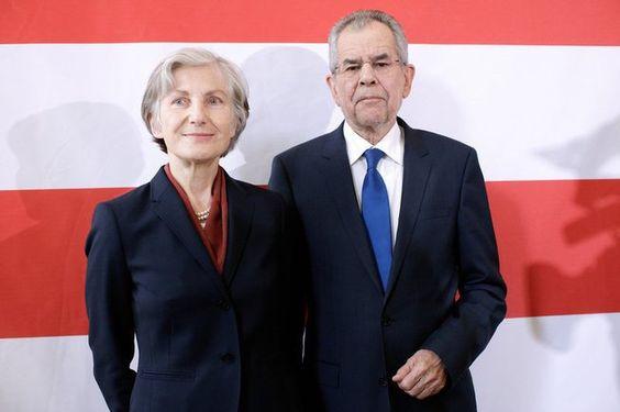 Bundespräsidentschafswahl 2016 Griss unterstützt Van der Bellen  Der von den Grünen unterstützte Präsidentschaftskandidat Alexander Van der...
