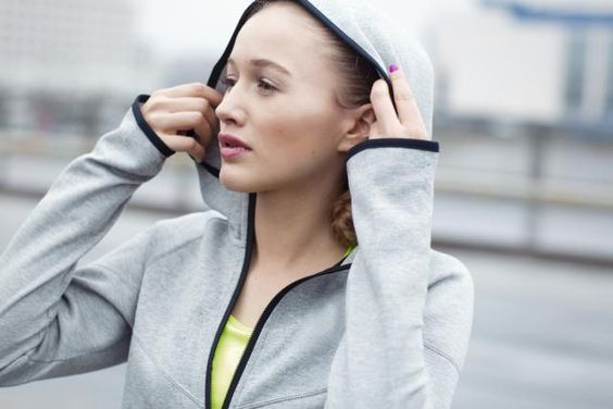 Trouble Sticking to Exercise? Here are 5 Fitness Hacks to Make it Easier: Put On Your Workout Clothes Right Away