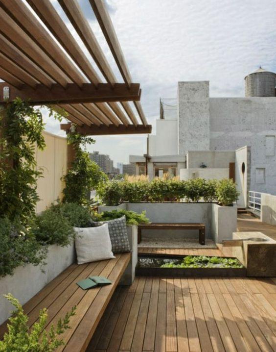 Überdachte Terrasse modern holz glas pergola markise bodenbelag - moderne dachterrasse gestalten ein gruner zufluchtsort grosstadt
