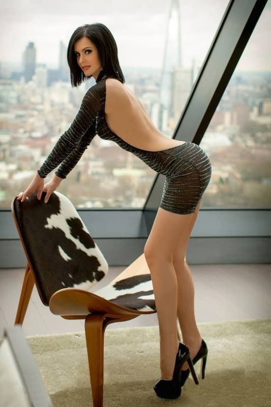 Sex nude sexy girls in high heels