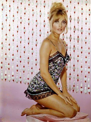 Vintage Glamour Girls: Sharon Tate