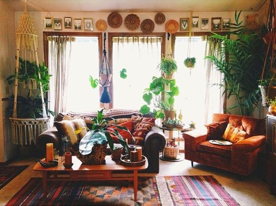 My Nest: Megan Starr. Lots of pretty home pics!