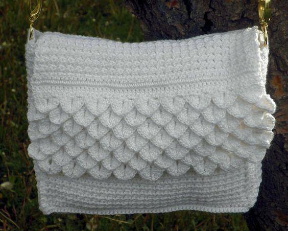 beyond sweet crochet handbag