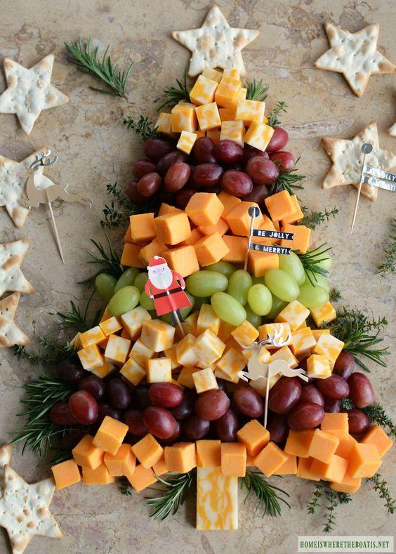 Aperitivo de férias fácil: Tábua de queijos da árvore de Natal #Aperitivo #Árvore #Fácil #férias #Natal #Queijos #Tábua