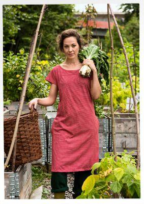 Gestreiftes Kleid aus Öko-Baumwolle