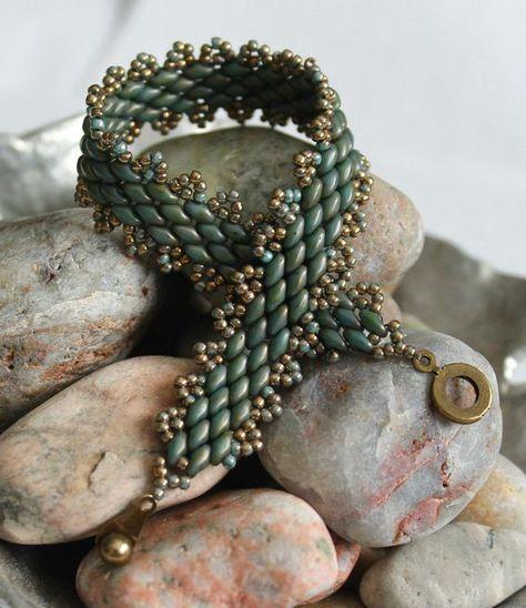 Classy Peyote Superduo Bracelet Bead Weaving by ReggiesCreations