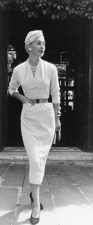 1953 Genevieve in white cashmere button-through dress by Pierre Balmain, photo by Willy Maywald, Paris