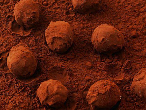 Pralinen selber machen: Rezept für Zimttrüffel