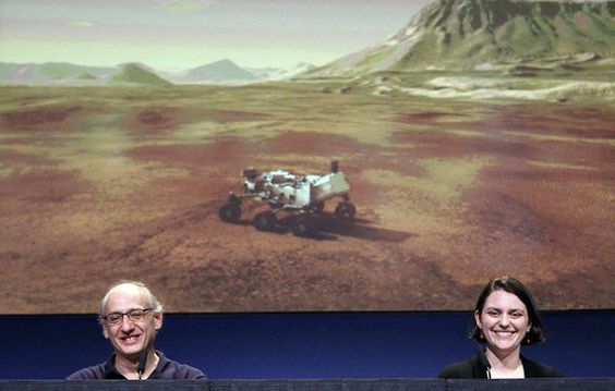 The flawless landing of the Curiosity rover forecasts future machinal expeditions