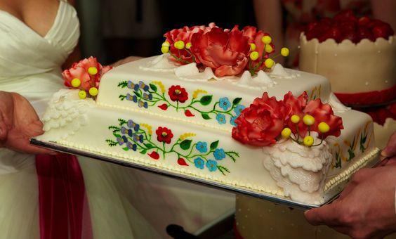 Esküvői torta (enyém) Kriszta Design Studió- Kalocsa