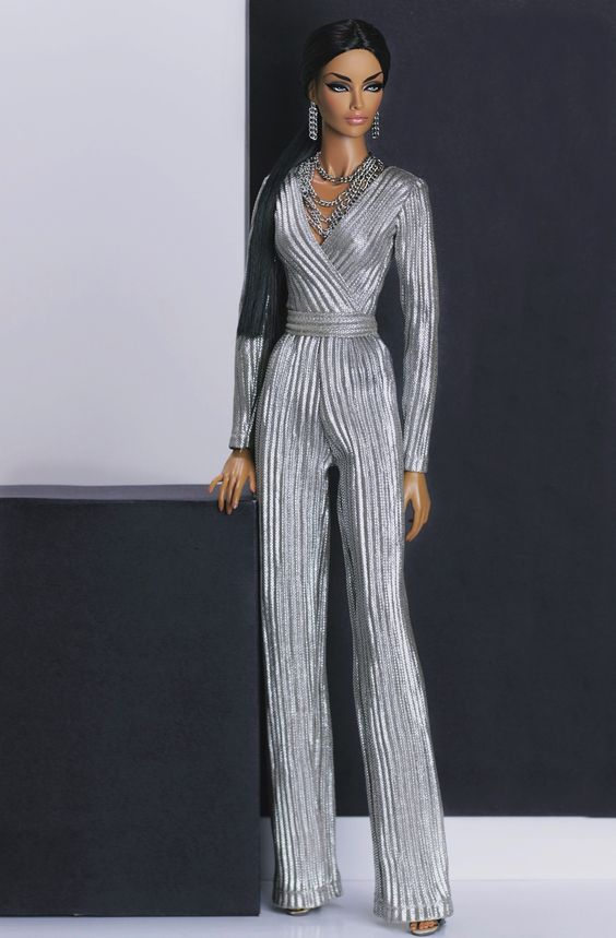 40.31.2 by:antoniorealli.com #integrity #integritytoys #fashionroyalty