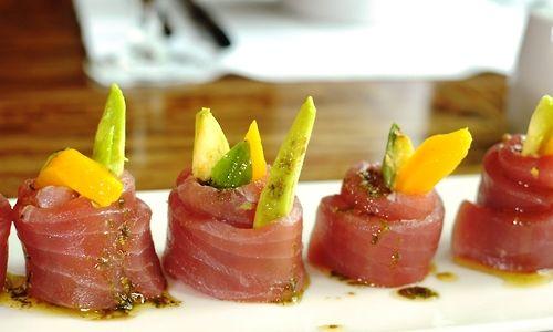 fresh tuna with mango, basil and avocado, basil dressing