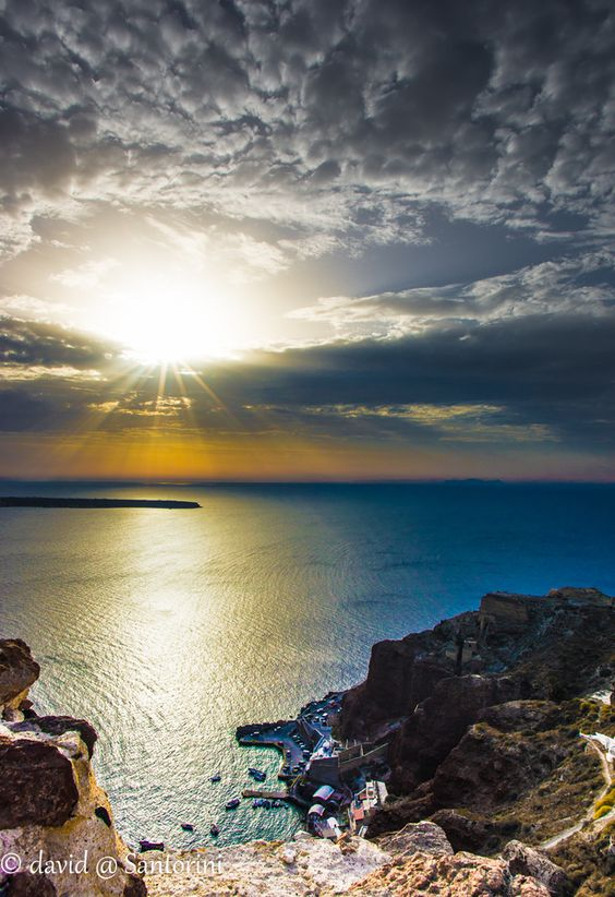 Sunset in Ammoudi, Oia Santorini