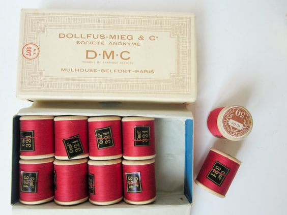 Box & 10 Vintage french red threads  D.M.C 1950  by 5LittleCups