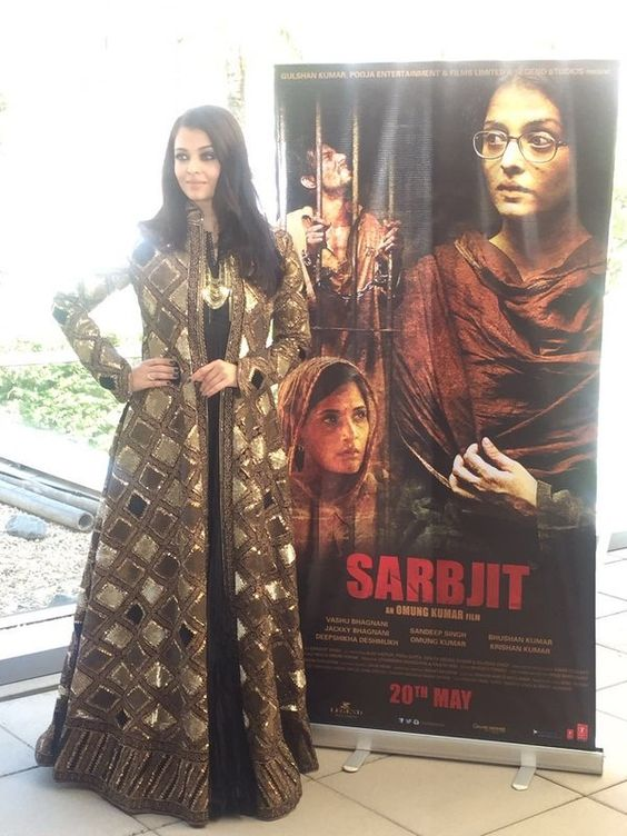 Cannes Film Festival 2016: Aishwarya Rai Bachchans black and gold indo-western outfit for the Sarbjit press meet is SPOT ON!