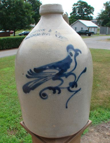 Beautiful marked Norton of Vermont 1 gal jug with fab cobalt blue bird on a branch design!!
