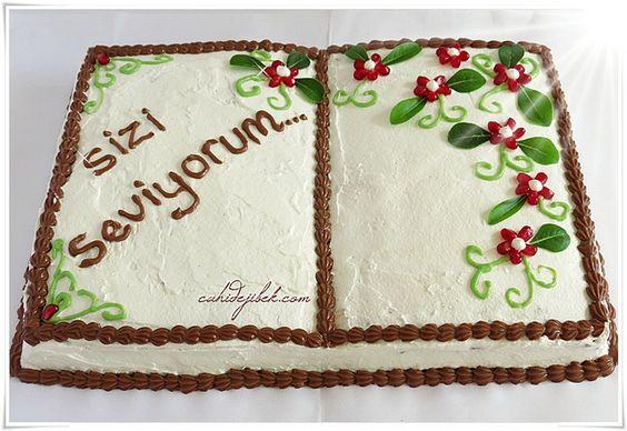 Tüm Sevdiklerime ve Sevenlerime Kitap Pasta