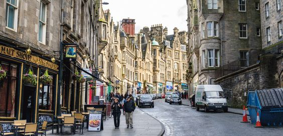 The Points Guy: Planning a trip to the Scottish capital? Here are 10 tips for visiting Edinburgh you probably won't find in a guidebook.