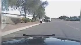 Increible!! Mira como detiene la policía a este sospechoso