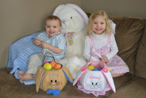 OMG these Easter Bunny Baskets are ADORABLE! You can have them embroidered with any name and they're super affordable! The site that makes them has TONS of great personalized gifts - you have to check them out! #Easter #EasterBunny #EasterBasket #Personalized #PersonalizationMall