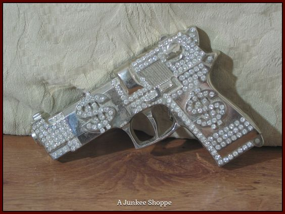 45 CALIBER Pistol Belt Buckle Sparkle Iced With Rhinestones & Dollar Signs Used  Junk 653  45 CALIBER Pistol Belt Buckle Sparkle Iced With Rhinestones & Dollar Signs Used  Junk 653  http://ajunkeeshoppe.blogspot.com/