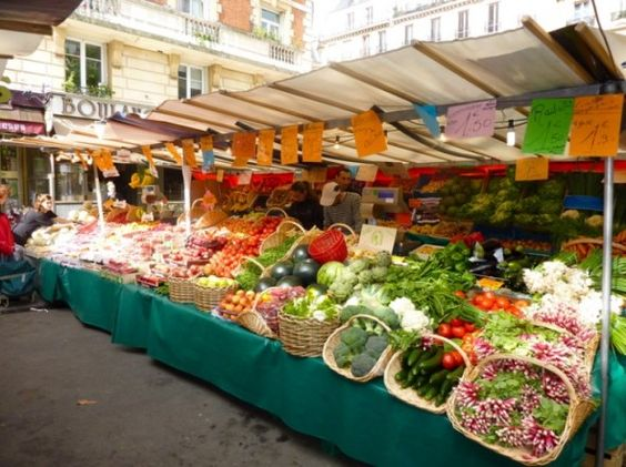 The radar paris food markets best airport food french for Outdoor food market