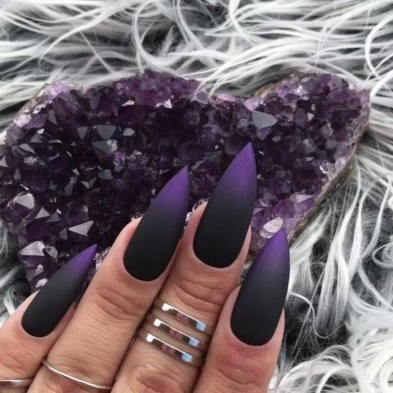 Moola Money In 2020 Goth Nails Gothic Nails Matte Nails Design