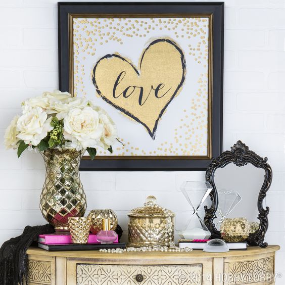 Glam Up Your Nightstand With Gold Hot Pink And Sassy Accents Modern Glam Home Decor