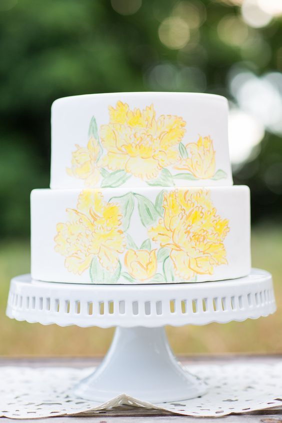simple yellow floral cake | Just Crumbs | Erin Lindsey Images #wedding