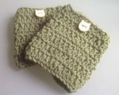 FloOfymOofy boot cuffs - pure Merinos wool and wood buttons