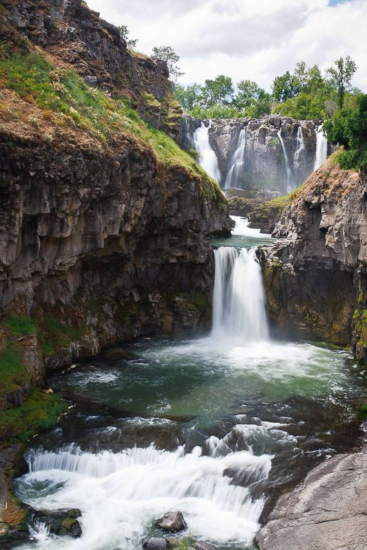 White River Falls is the upper 75' falls & Celestial Falls is the lower 44' falls dropping into the pool. OR 35-mi S of The Dalles