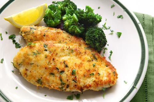 This honey mustard chicken breast can be on the dinner table with only 15 minutes of prep time and 30 minutes baking