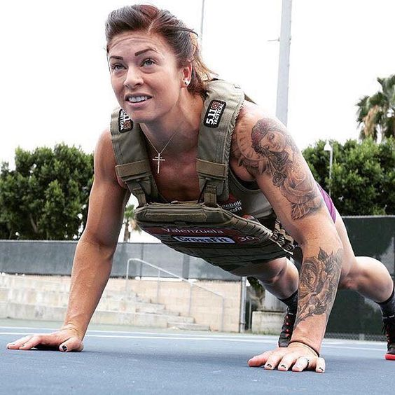 2015 CrossFit Games athlete Lyndsey Valenzuela after being ...