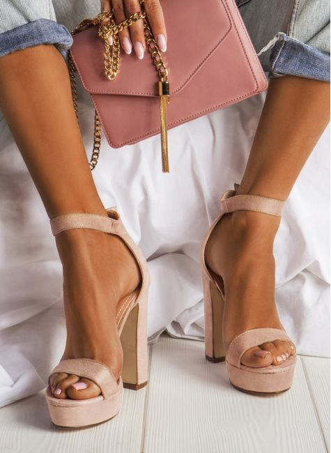Sandaly Damskie Na Slupku Platformie Sportowe Z Pomponami Deezee Heels Shoes Sandals Heels