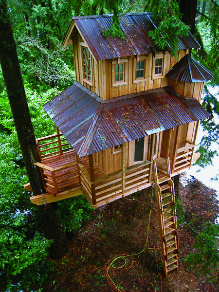 Treehouse Masters, my new favorite show on Discovery!! Mike & I are already thinking about renting one for a weekend ;)