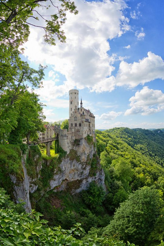 Lord Of The Rings Scenery Nargothrond Lichtenstein Castle