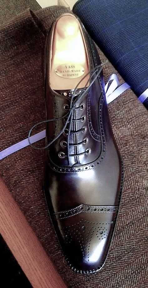 Amazing shoes , Style & more